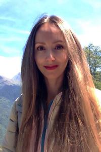 Julia, Sochi (Rusia), 39/173/52
